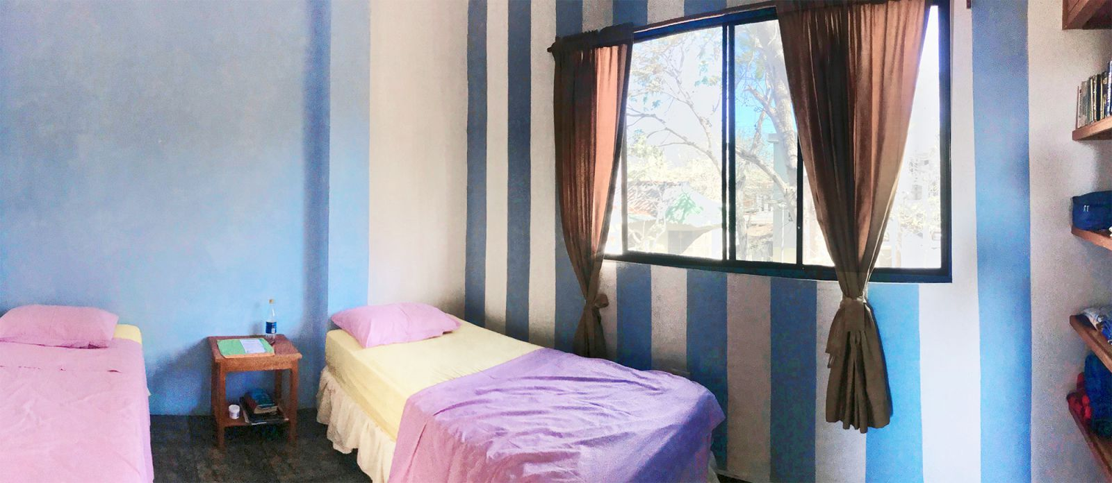 Twin room in apartment